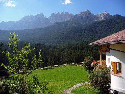 Nova Levante at Lake Carezza: Alpine flair in Val d'Ega